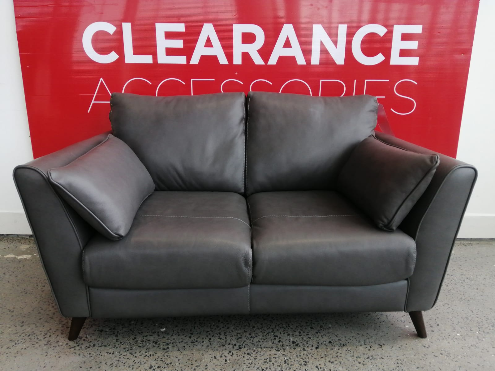 Milano Loveseat - OUTLET