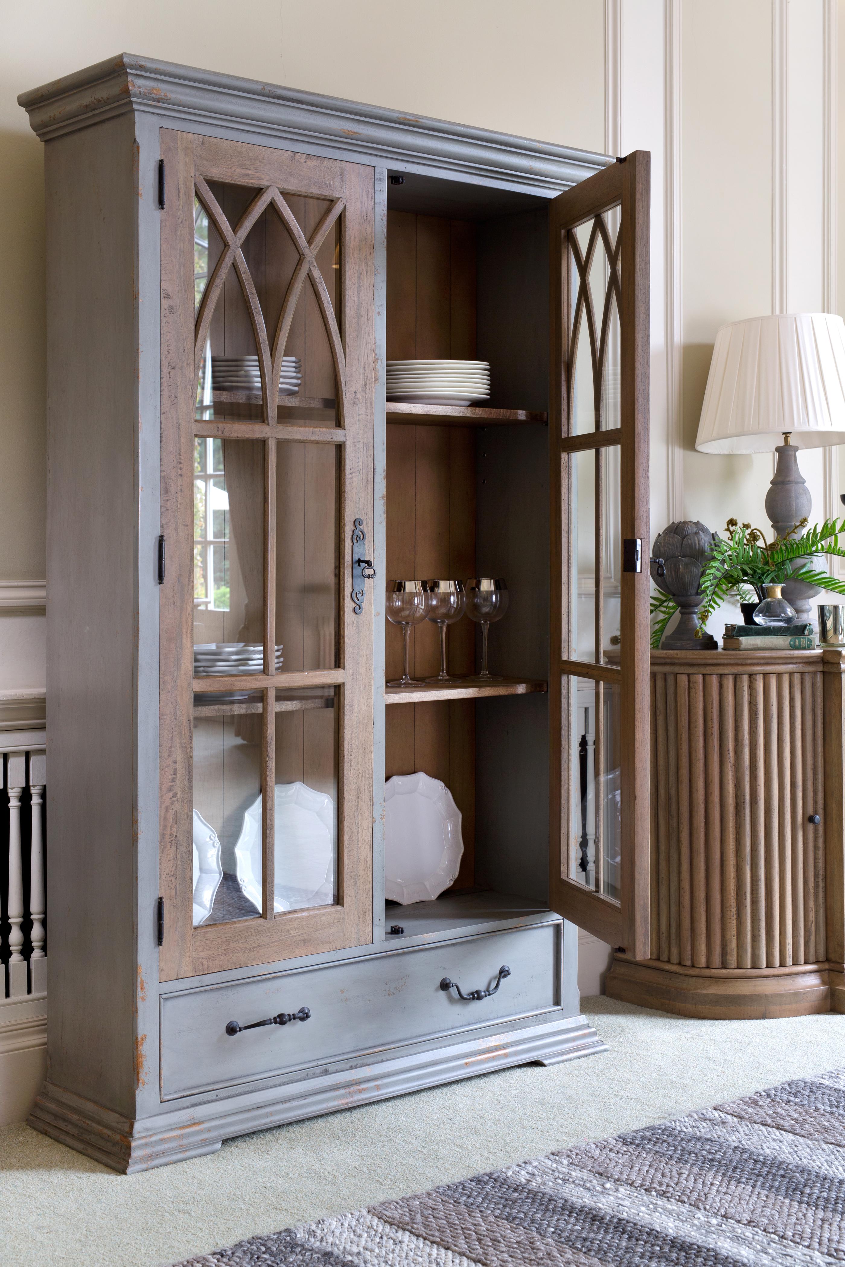 Carolina Icarus Display Cabinet