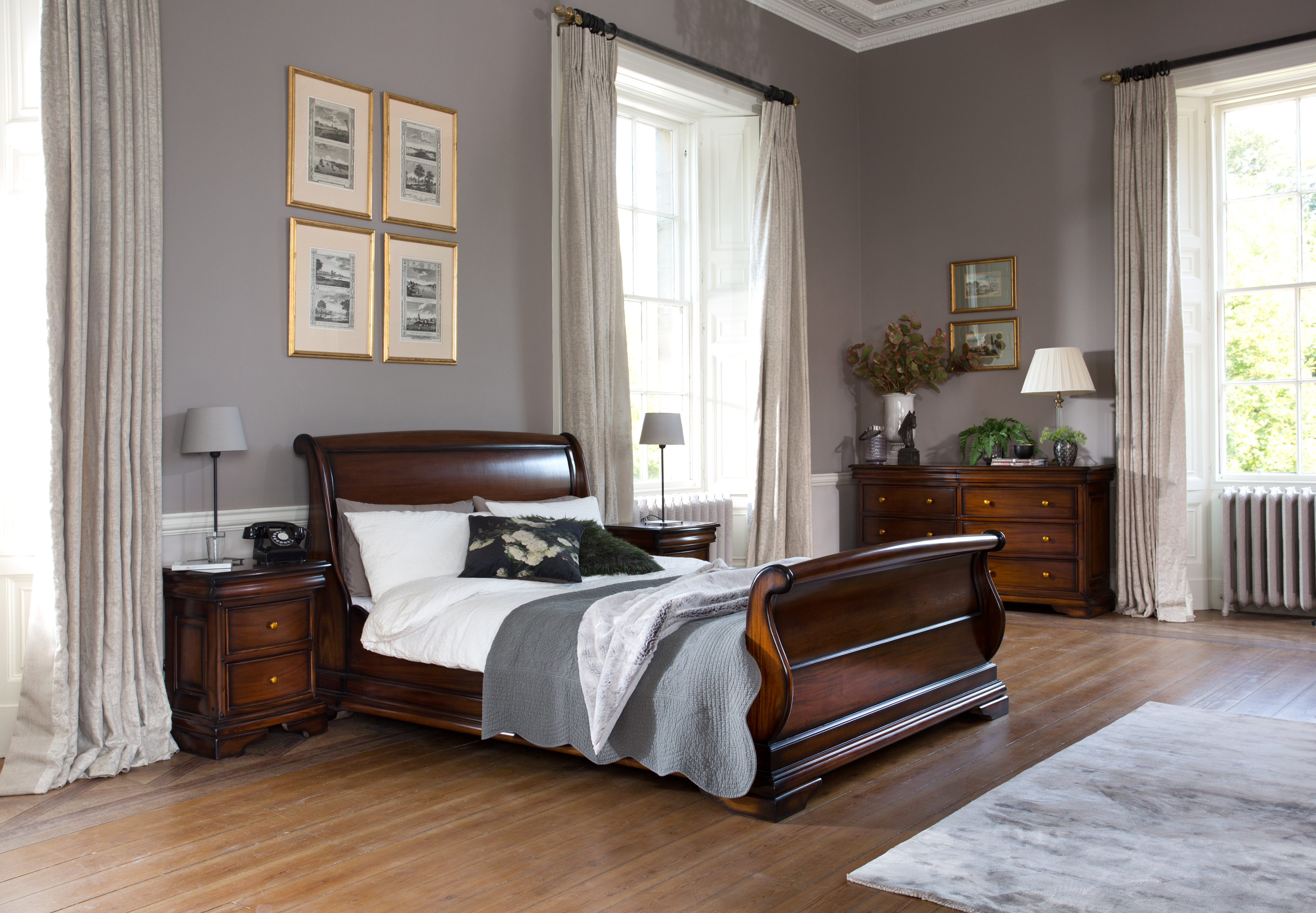 Loire Bed Frame High End