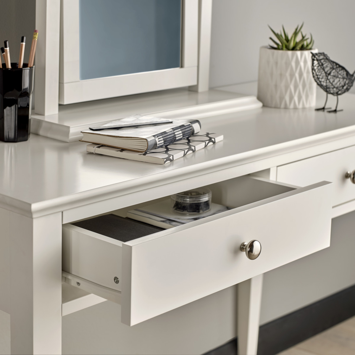 Aoibheann Dressing Table