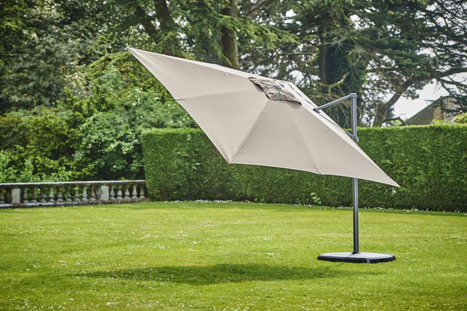 Provence Taupe Del Sq Parasol w/base