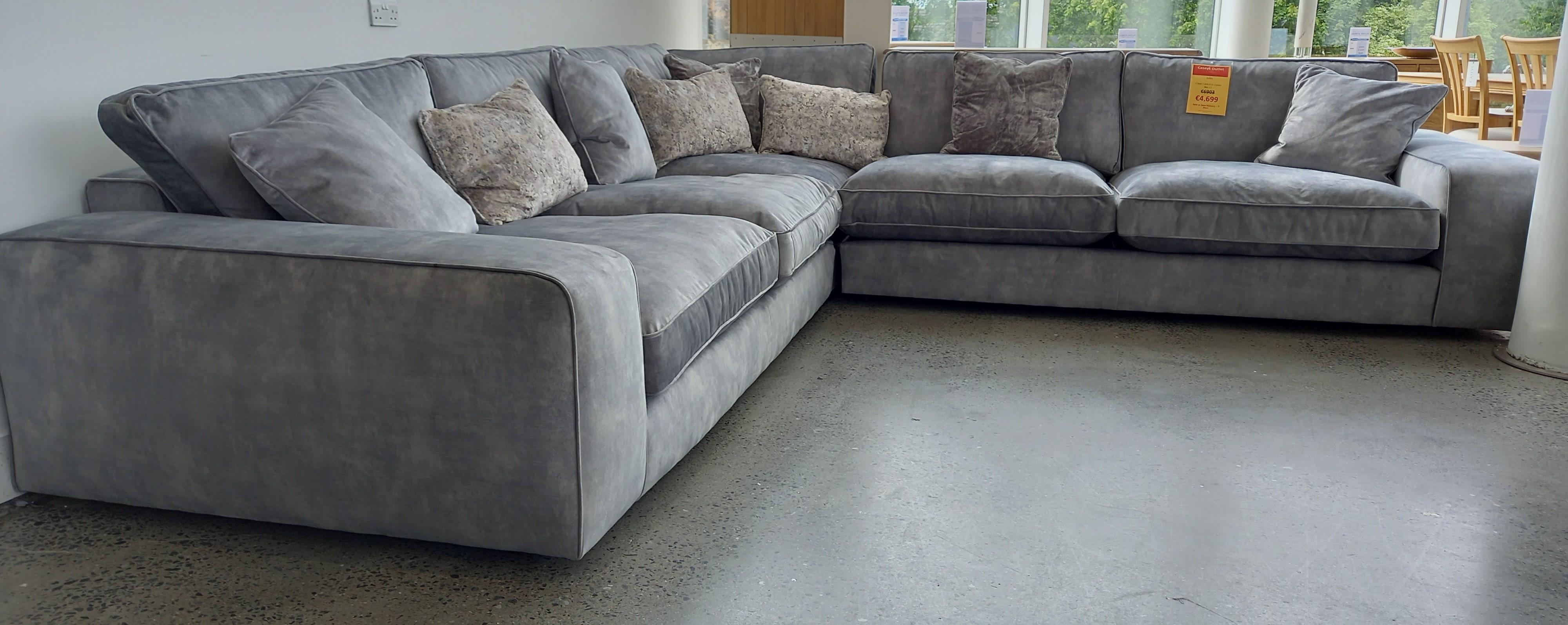 Jules Corner Sofa - OUTLET
