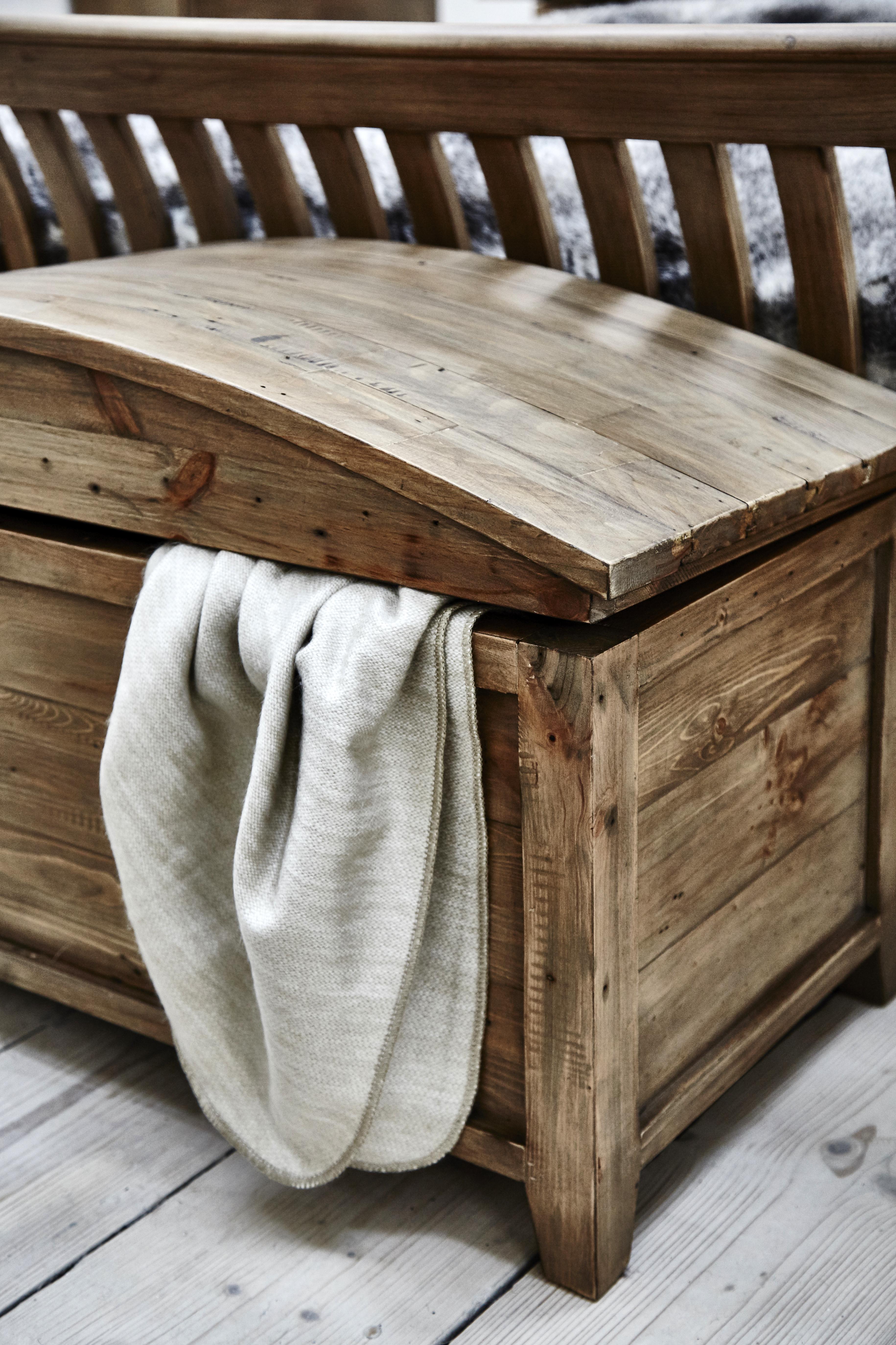 Somer Blanket Box