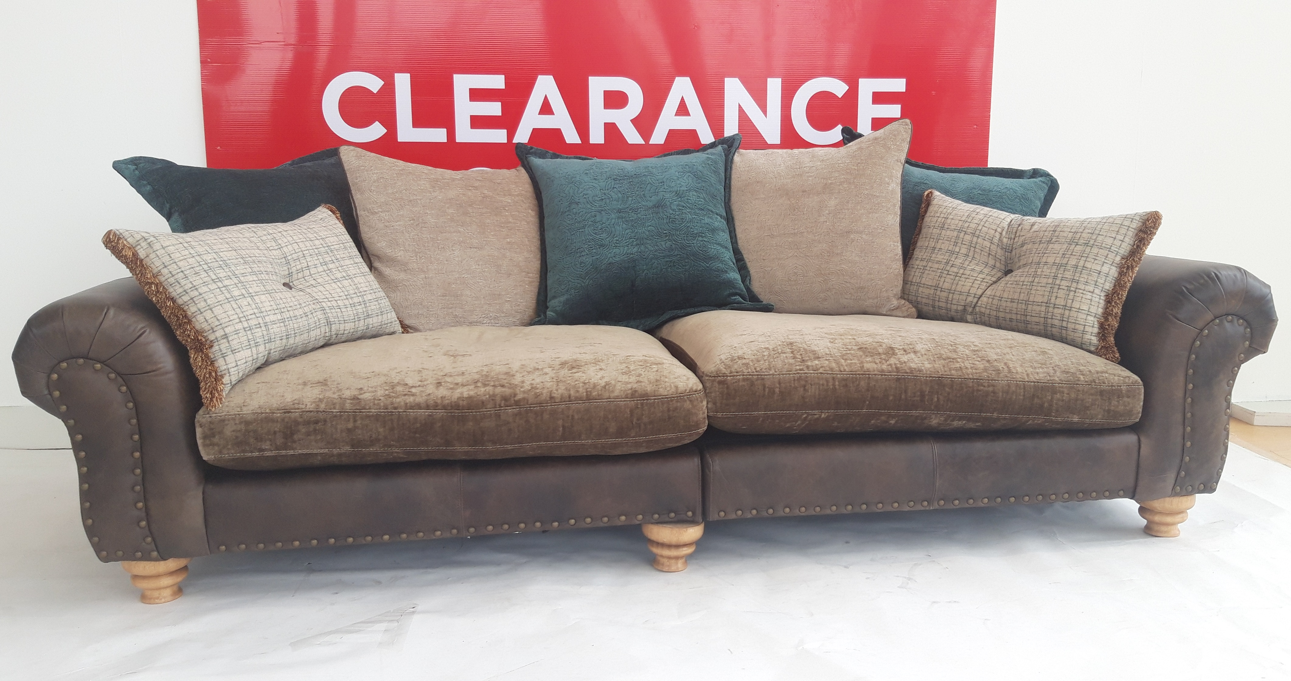 Bloomsbury Grand Split Sofa - OUTLET
